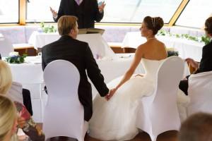 Hochzeitsfeier_Rheinschiff_Brautpaar