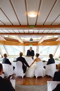 Hochzeitsfeier Rheinschiff mit Hochzeitsredner Thomas Marz.