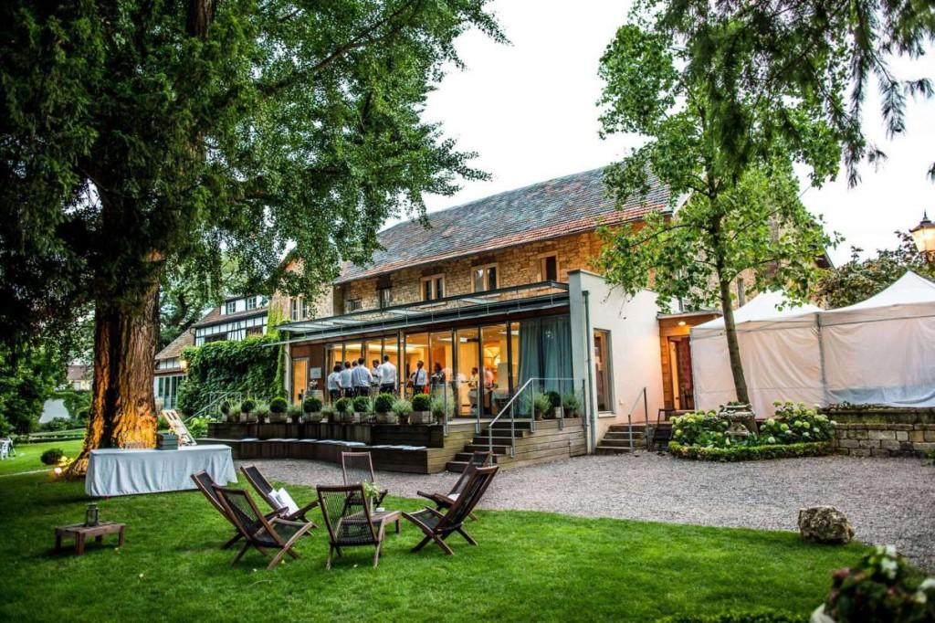 Hochzeitslocation Weingut mit Park in Rheinland-Pfalz